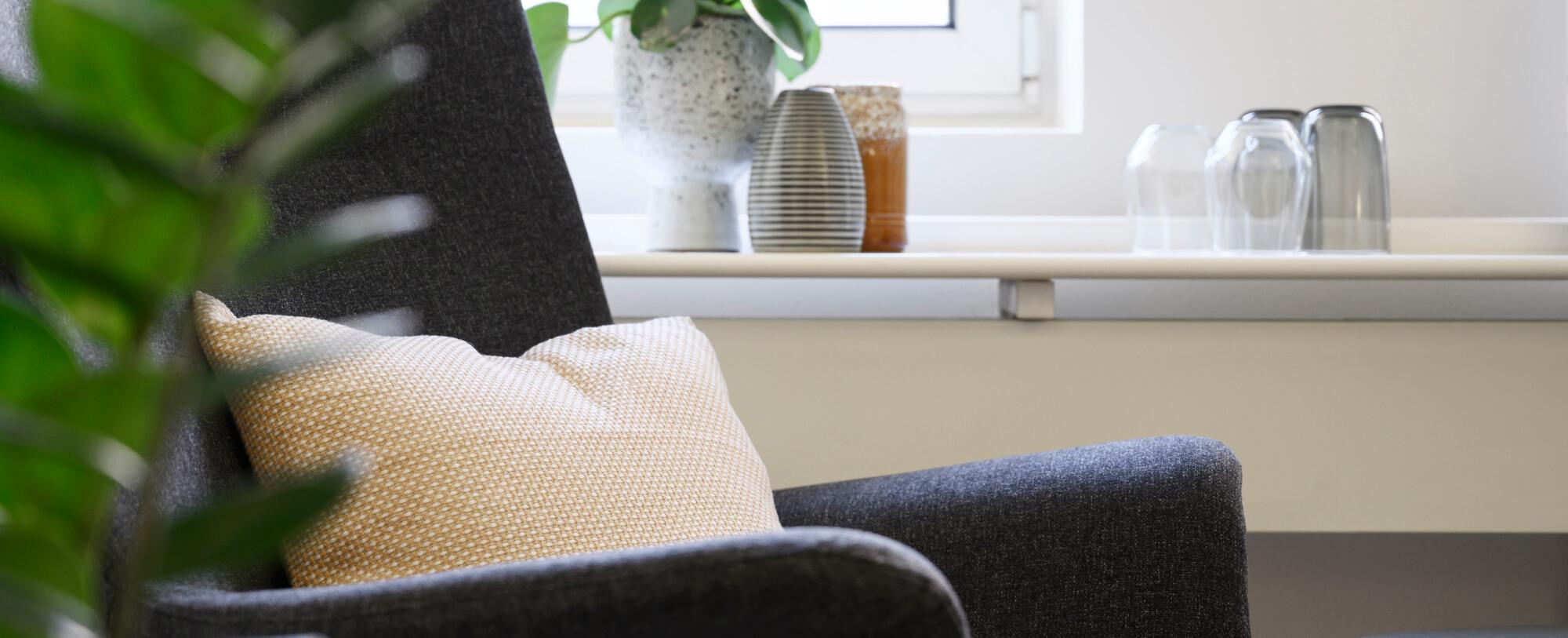 Min klinik/mit lokale med terapistol og hjælp til stress, angst og depression på Lyngby Hovedgade i Kgs. Lyngby